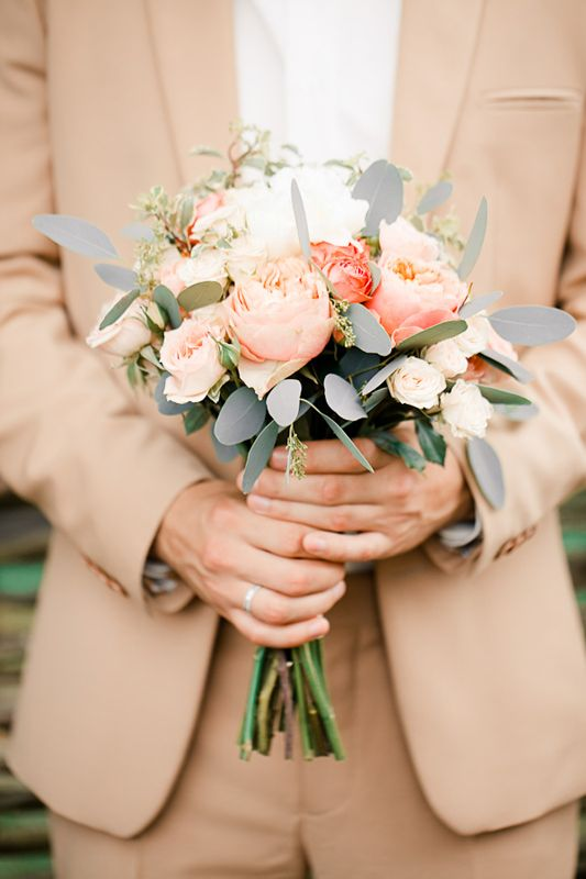 peach wedding bouquet,Grey and peach wedding bouquet