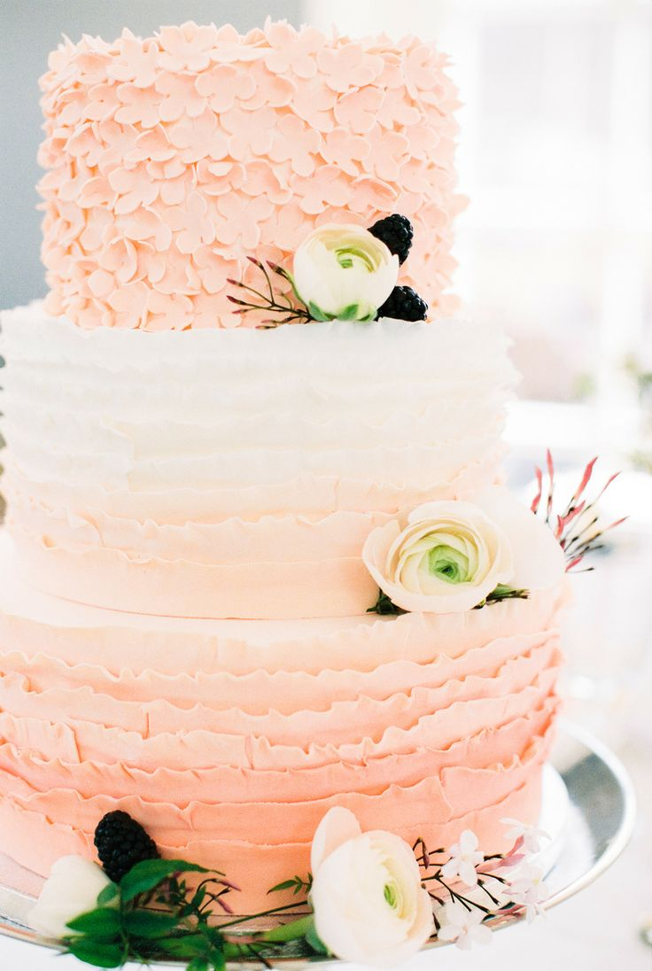 Peach wedding cakespeach wedding cake gallery peach wedding cake junglespirit Images