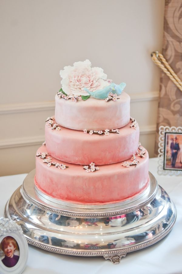 3 Tiers Peach Wedding Cake