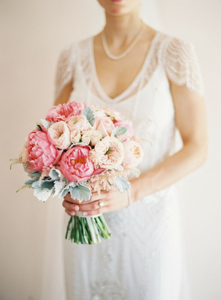 Peony wedding bouquets,breathtaking wedding bouquet