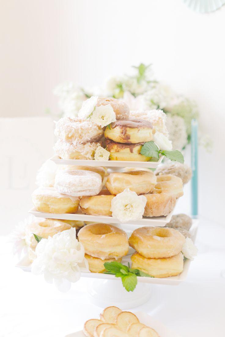 Wedding donut,wedding donut bar,wedding donut favors