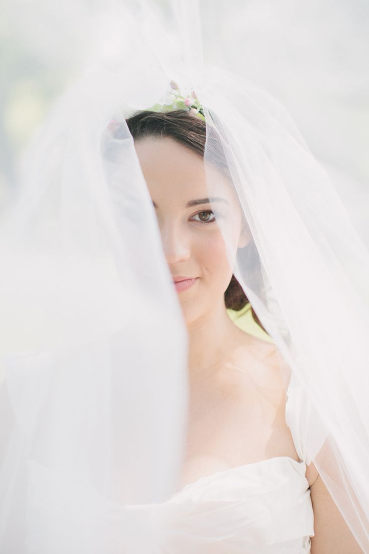 bridal veils,wedding headpieces
