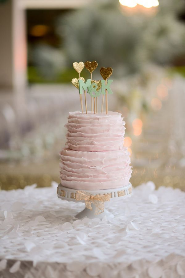 ruffle pink and gold wedding cake