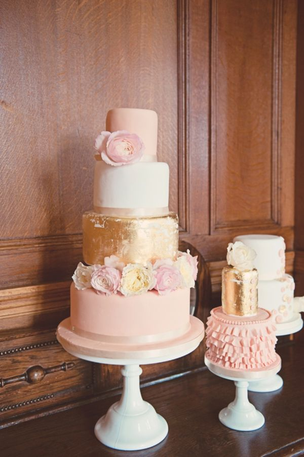 pink and gold wedding cake pink and gold wedding cakes 18539