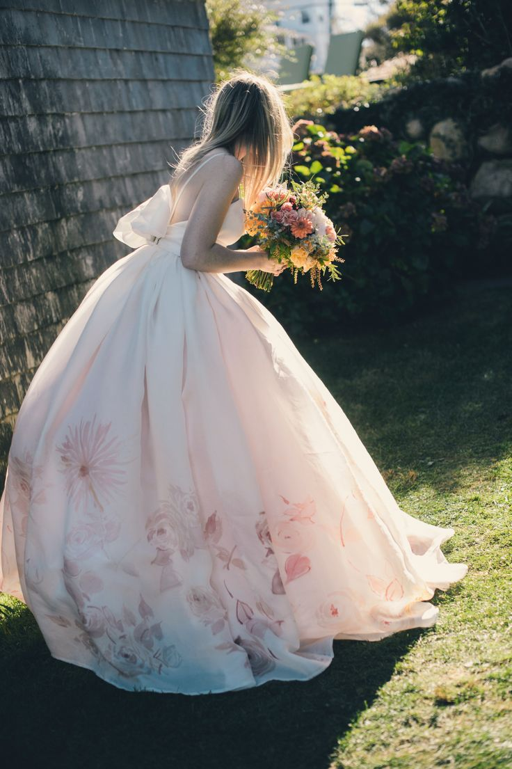 tulle ball gown full skirt,tulle ball gown wedding dresses