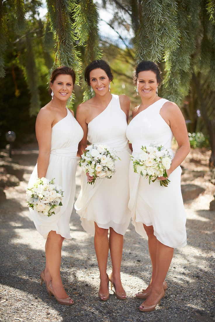 Love this one shoulder white bridesmaid dresses | fabmood.com