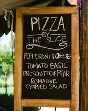summer wedding ideas,wedding menu ideas,chalkborad wedding menu,chalk board wedding menu