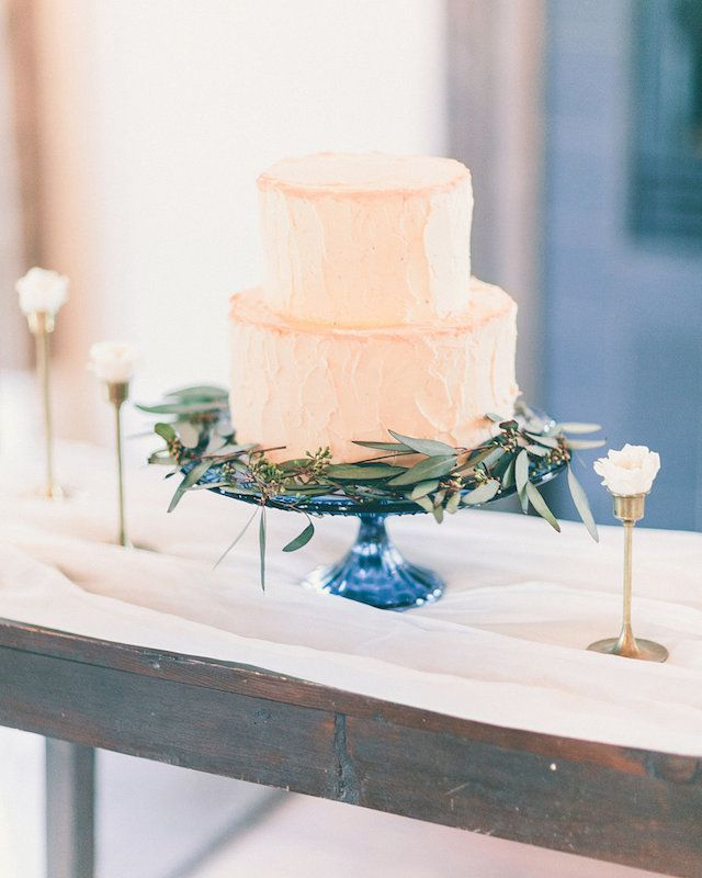 Simple Two tier peach wedding cake on blue cake stand | fabmood.com #weddingcake #cake #simplecake
