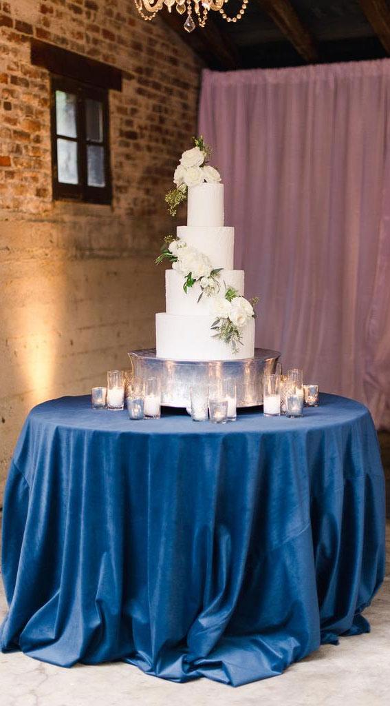 wedding cake table display, wedding cake table decors
