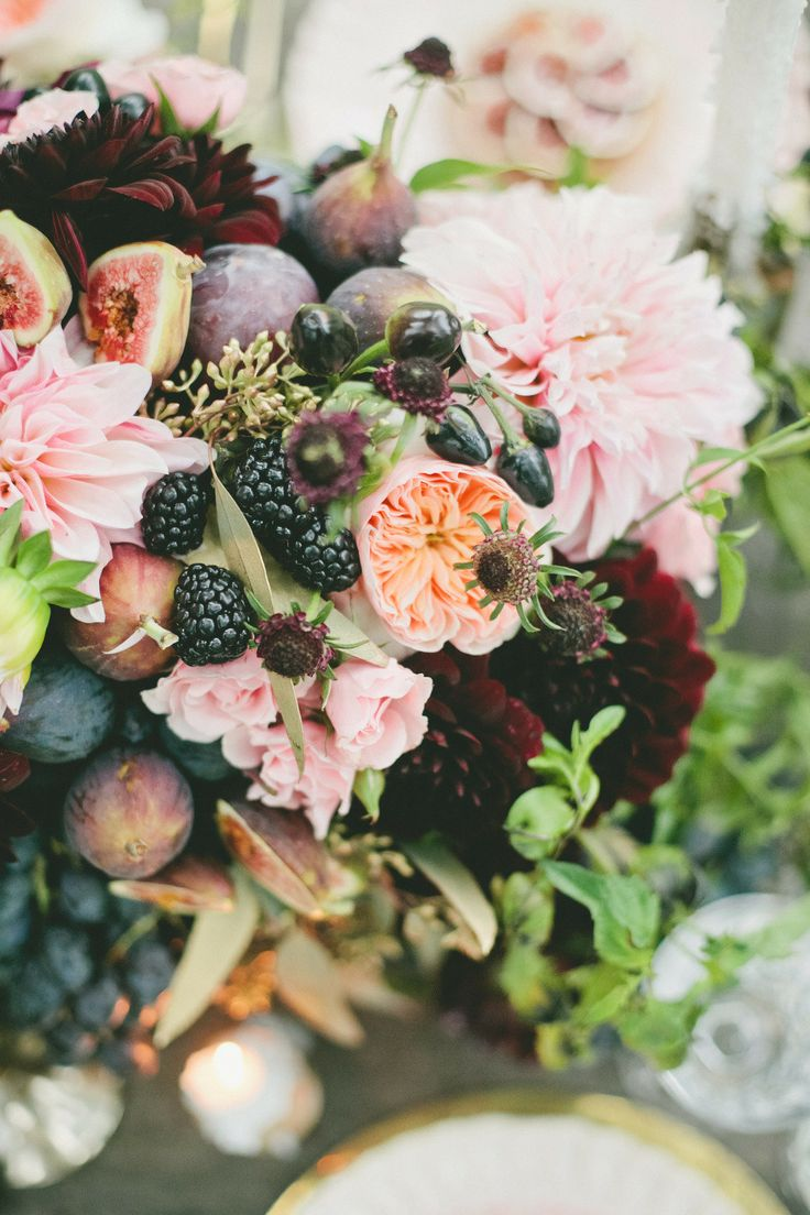 Autumn Wedding flowers | Photography Onelove Photography