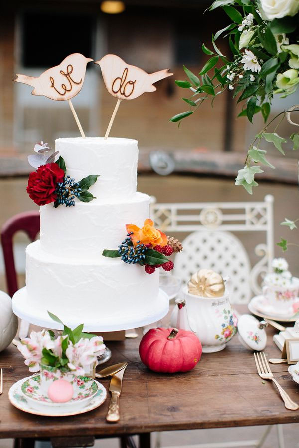 Photography by Hayley Savage|Autumn Wedding Colors,carmine wedding color,autumn red color,Autumn Wedding Inspiration ~ A Romantic Field Picnic, Rustic Barn,Autumn wedding cake ideas,