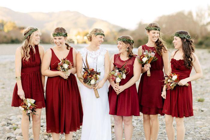 red autumn bridesmaids,carmine dresses ,Red Autumn Bridesmaids | Photo by Benjamin + Elise : blog.benjaminandelise.com