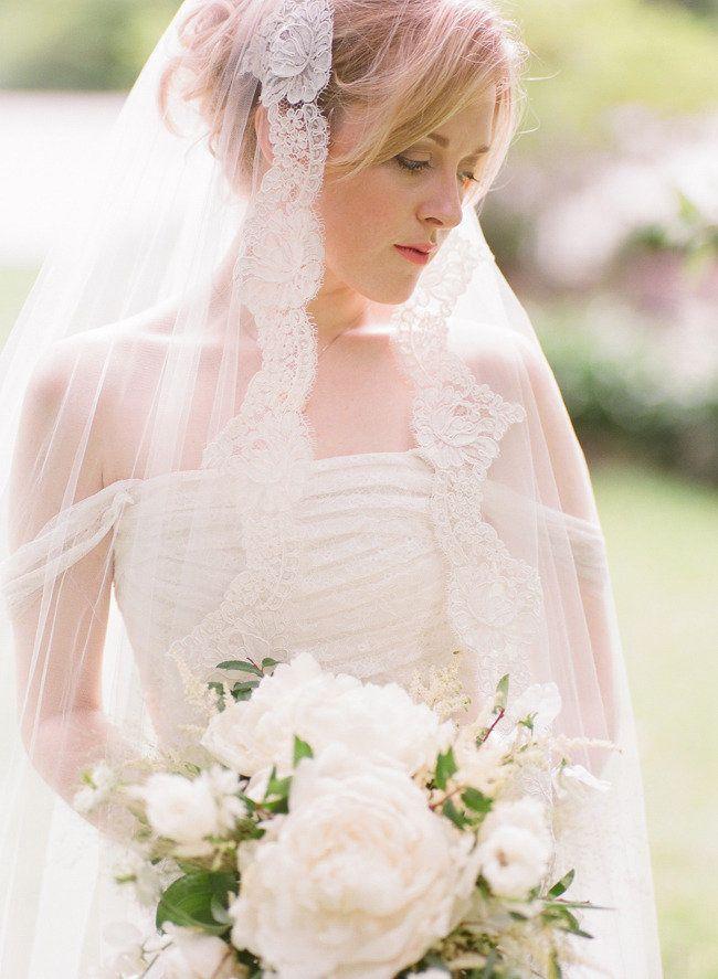 Lace edged veils,bridal veil,bridal headpieces