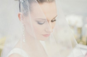 Pretty Bridal Hair Adornment