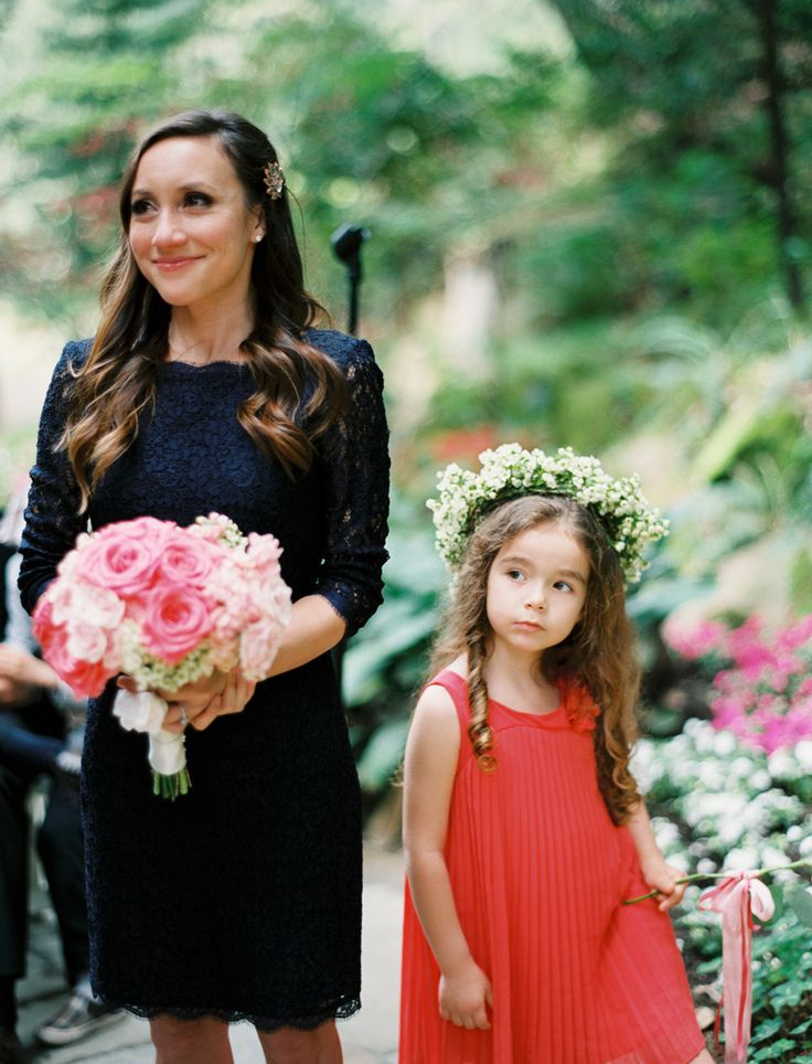 navy blue bridesmaid and pink bouquet,coral flower girl | Photography: Leo Patrone