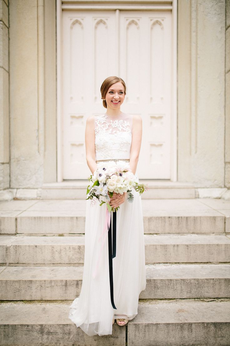 City Wedding | Neutral and black wedding Colours Palette
