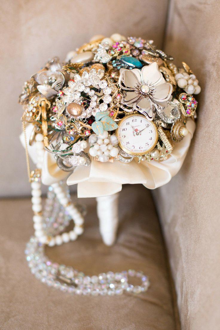 Brooch Bouquet,bridal bouquet,wedding bouquet