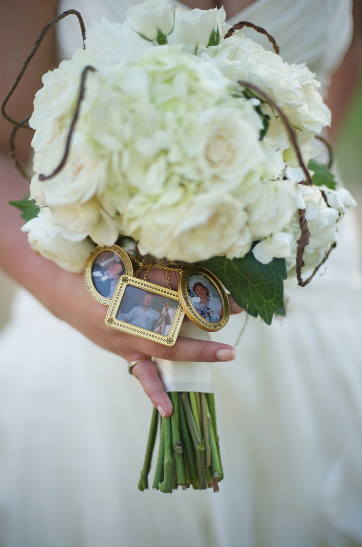 personalized wedding bouquet