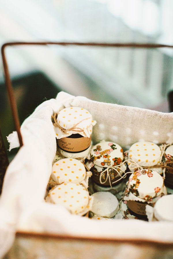 Autumn Wedding Favors | fabmood.com