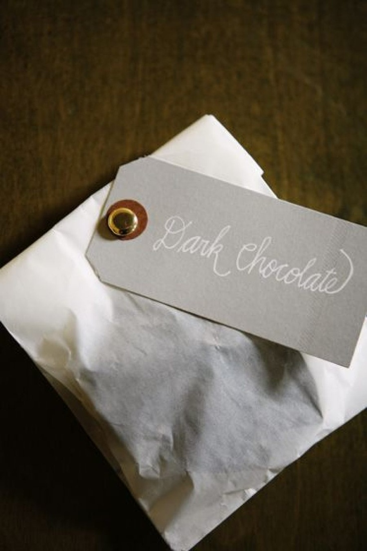 dark chocolate wedding favor | fabmood.com