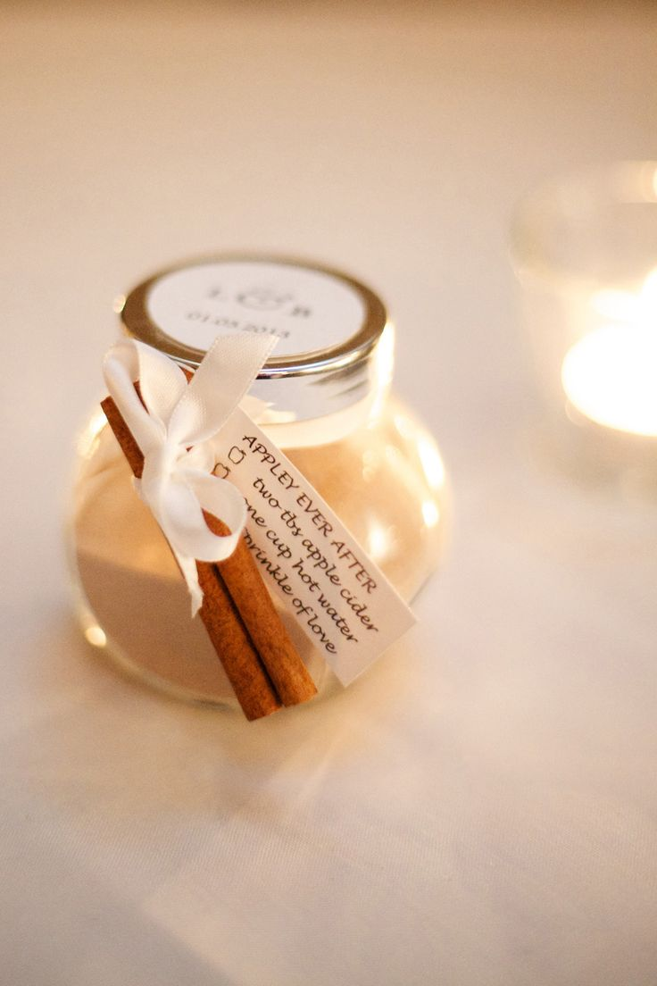 cider drinks - fall wedding favors | fabmood.com