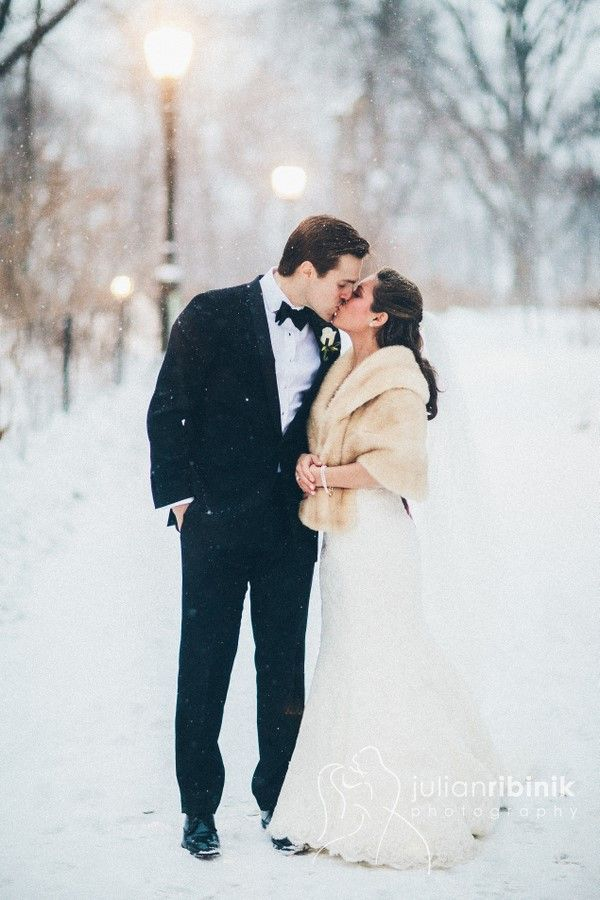 winter cardigan for winter wedding,winter wedding ideas