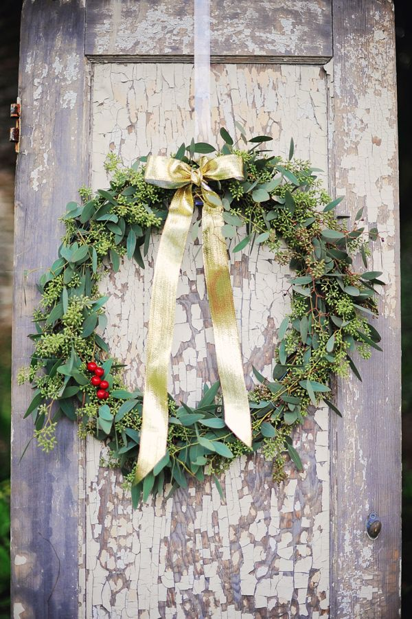 winter wreath wedding ideas