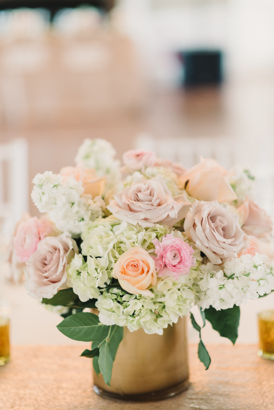 gold elegant wedding | Photography Michelle Lange - michellelange.com
