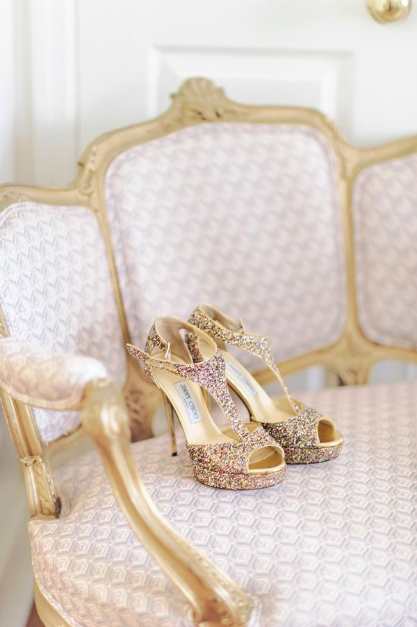 gold elegant wedding | Sparkly Jimmy Choos | photography : pashabelman.com