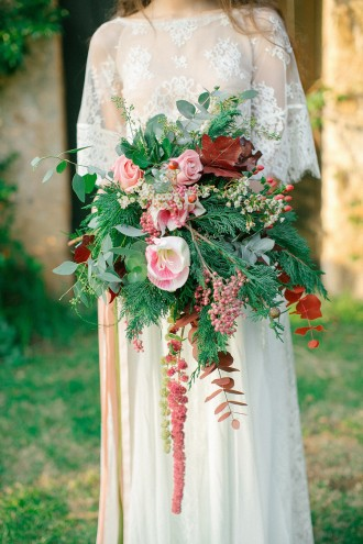 Boho Chic Wedding Inspiration Shoot from Anna Roussos Photography - annaroussos.com | Read more : https://www.fabmood.com/boho-chic-wedding-inspiration-shoot-anna-roussos-photography