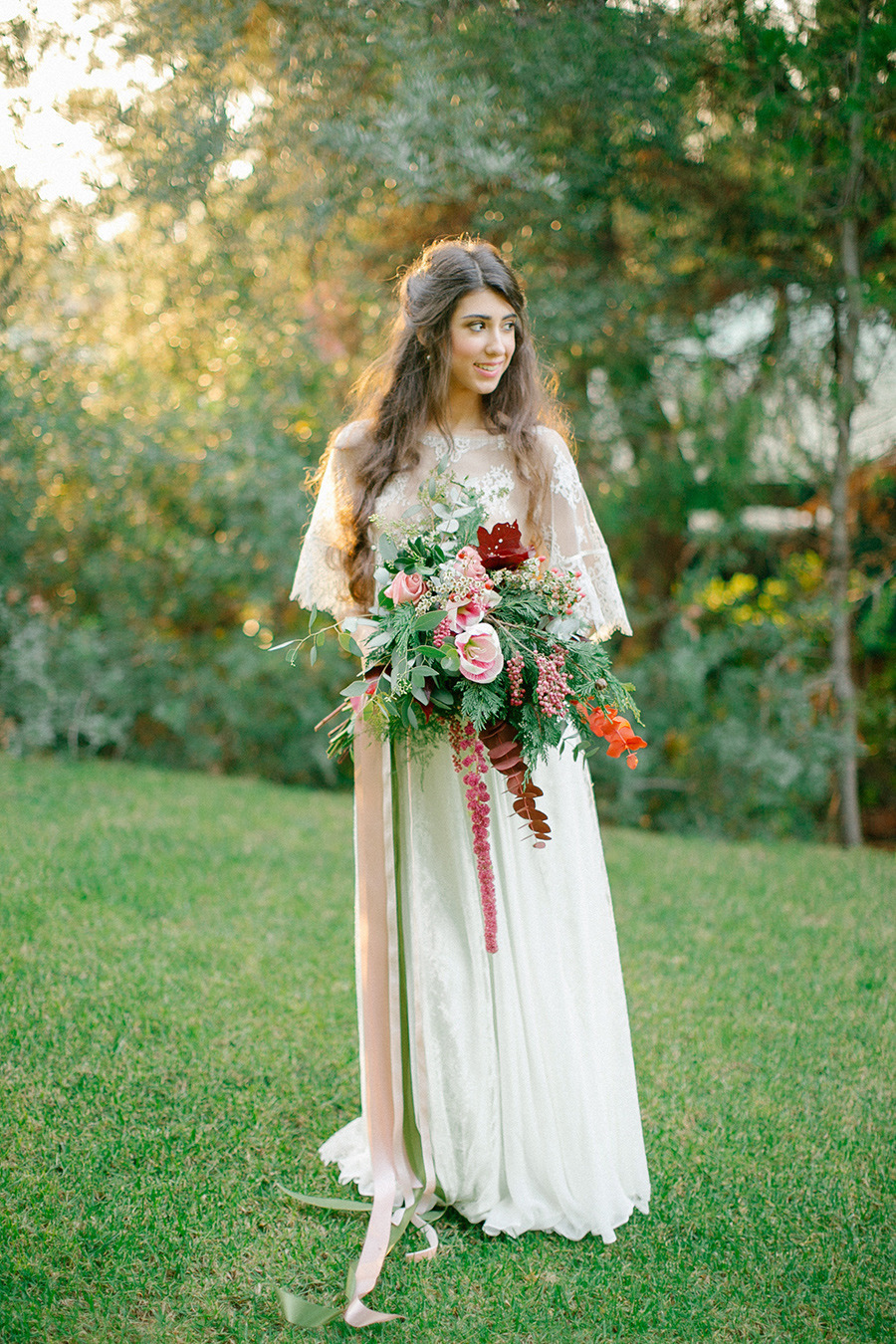winter bride - Boho Chic Wedding Inspiration Shoot from Anna Roussos Photography - annaroussos.com | Read more : https://www.fabmood.com/boho-chic-wedding-inspiration-shoot-anna-roussos-photography
