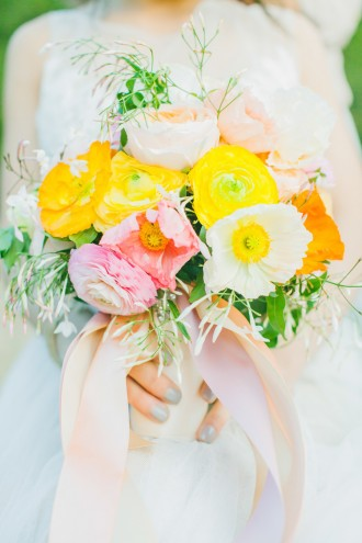 Spring Inspiration Shoot from Avec Lamour - aveclamourphotography.com   read more : https://www.fabmood.com/spring-inspiration-shoot-avec-lamour