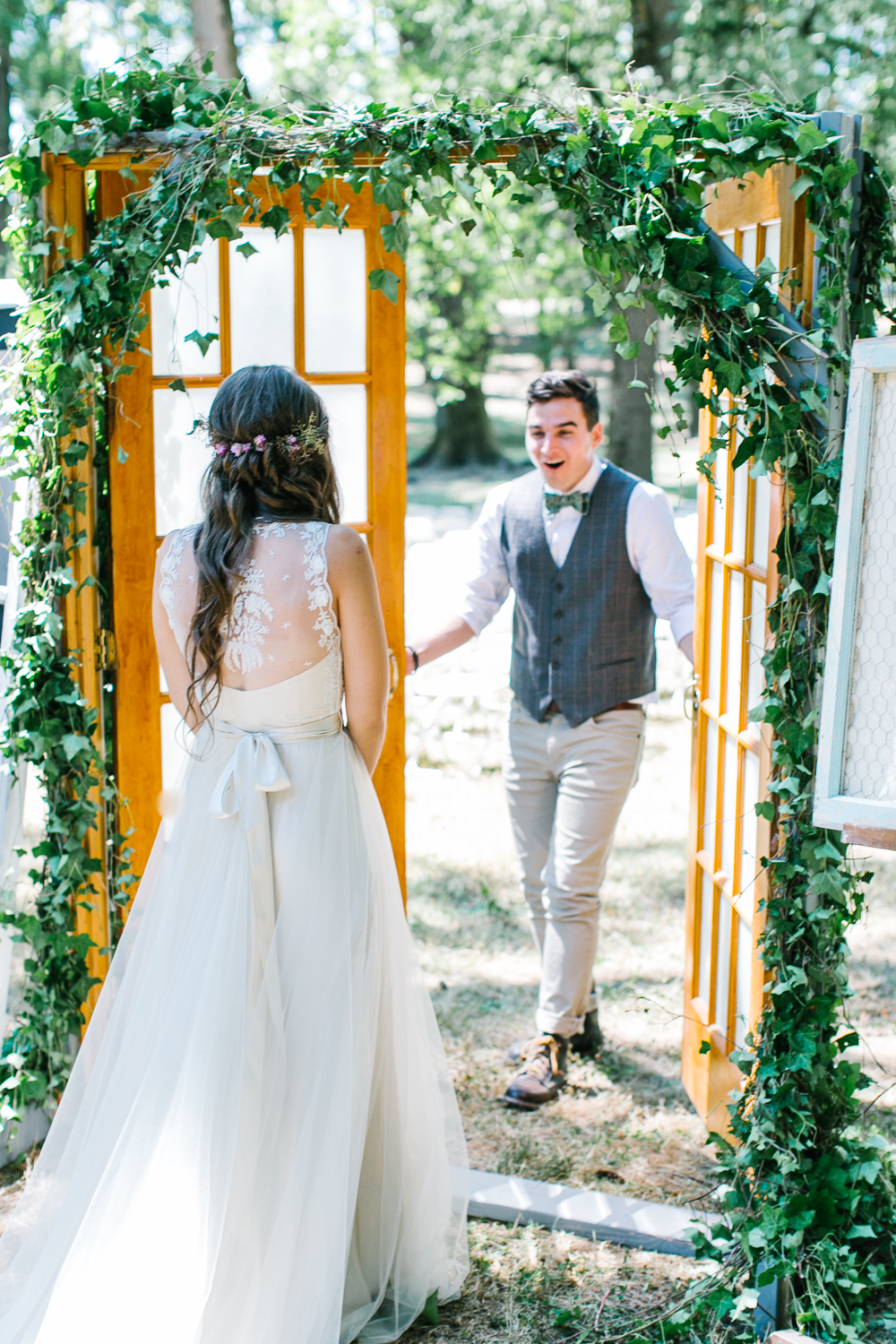 First look - Rustic Oregon Summer Wedding from Maria Lamb Photography - marialamb.co