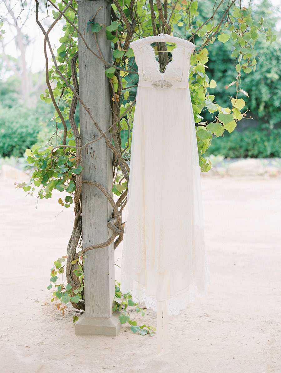 a delicate and classically English design by Claire Pettibone | Traditional elegance outdoor wedding | Santa Barbara Historical Museum Wedding from Lane Dittoe Photography - lanedittoe.com