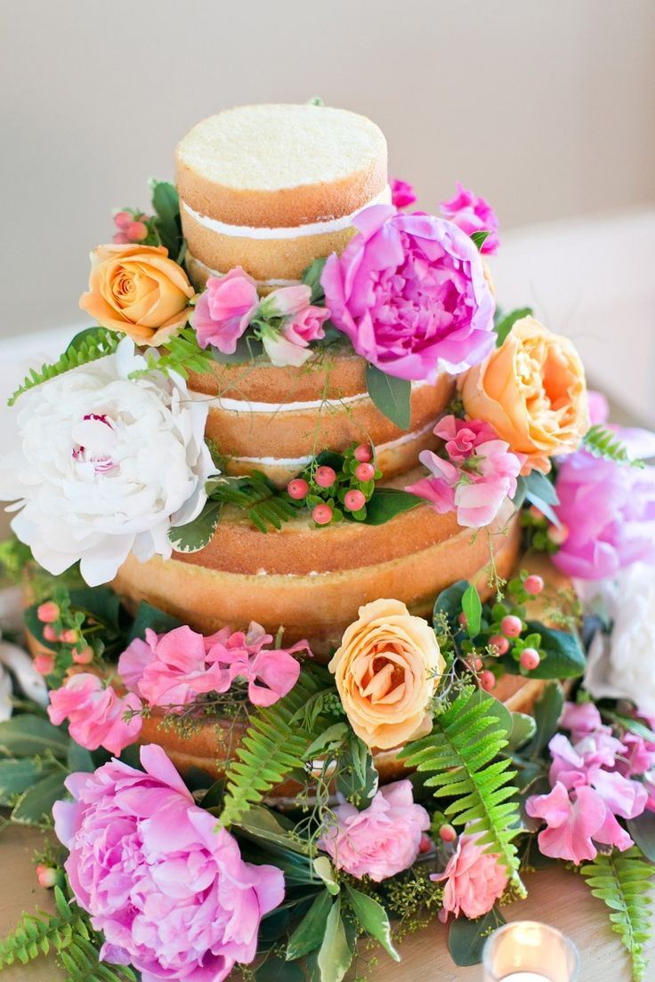 Pretty summer wedding cake