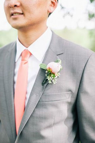 grey and coral groom | coral peach and grey wedding palette | fabmood.com