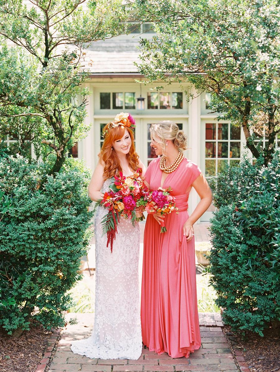 coral wedding color schemes