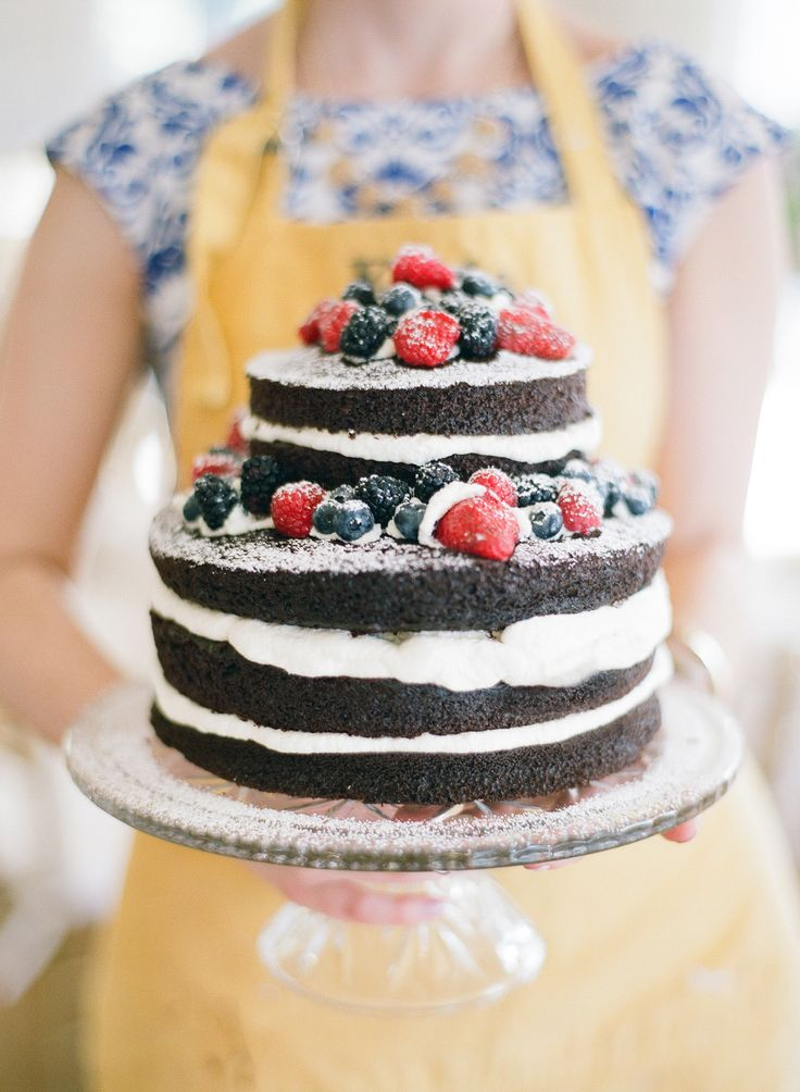 perfect summer wedding cakes,Naked cake topped with berries