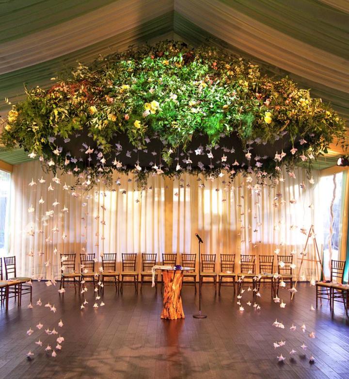 Stylish Wedding Ceremony Decor: 12 Ways To Make You Wedding Aisle Look Fabulous