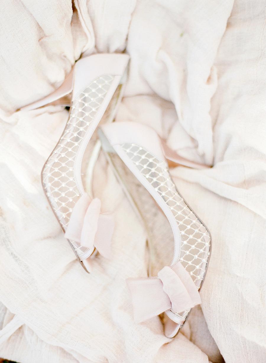 Shoes: Nordstrom | Vintage Romance Wedding Inspiration Photography: Amanda Nippoldt