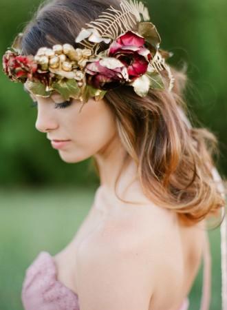 gorgeous bridal hair floral | fabmood.com