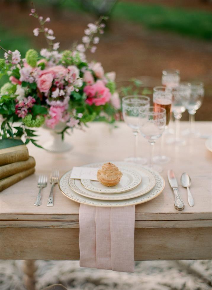 simple wedding tablescapes ideas | fabmood.com