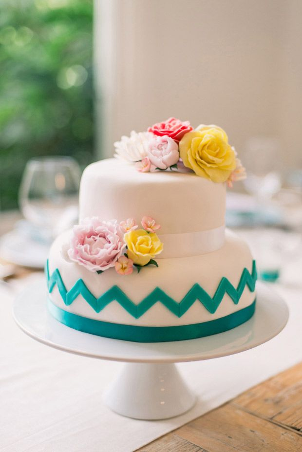 Summer Wedding Cakes Photos,summer wedding cake ideas - Incredible chevron and floral wedding cake
