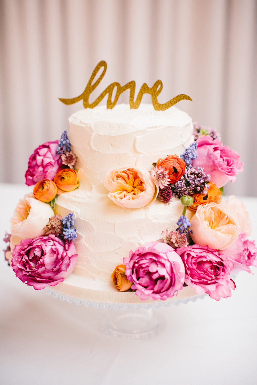 Summer Wedding Cake Idea With Lots Of Blooms
