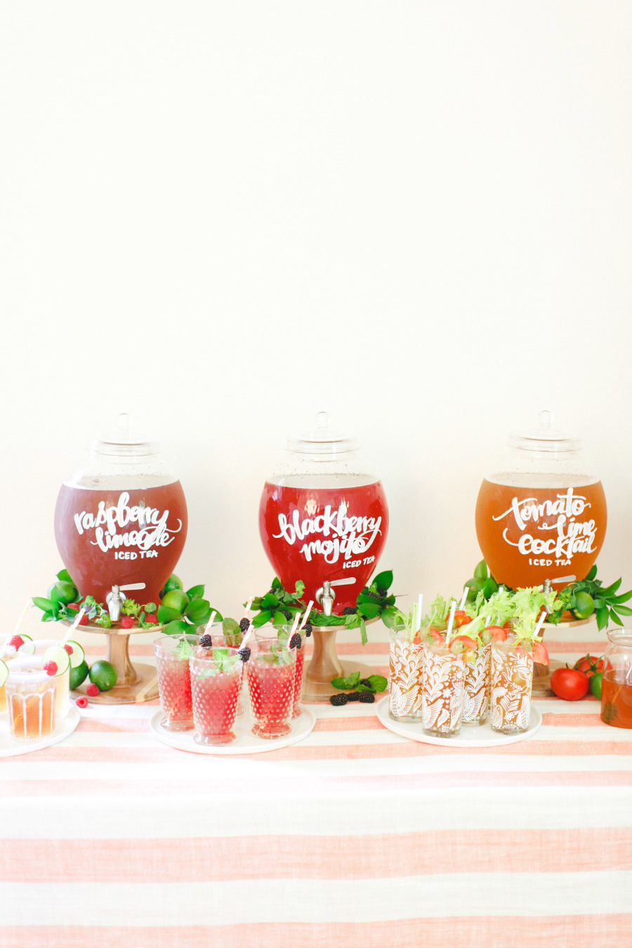 Serve a variety of cocktails once your guests arrive at the reception - 15wedding ideas for reception,fun wedding reception ideas