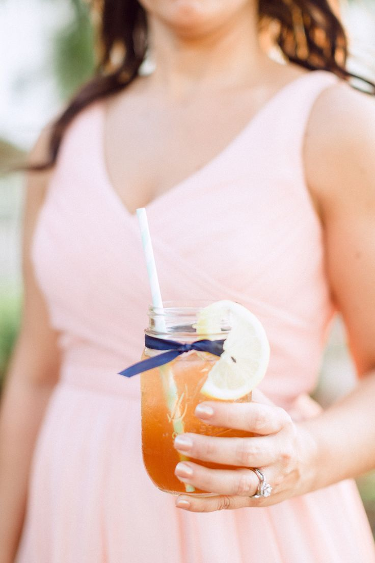 Wedding cocktails serve in mason jars - 15 wedding ideas for reception,fun wedding reception ideas