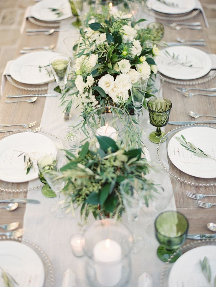 Green wedding centerpieces | fabmood.com