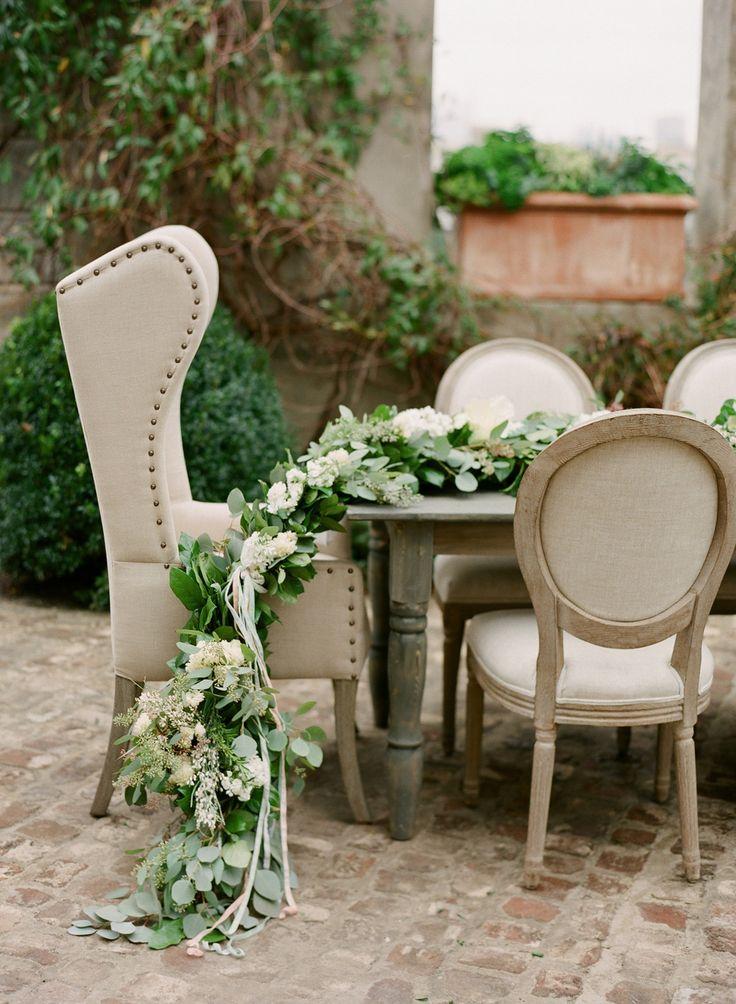 Green wedding table decoration | fabmood.com