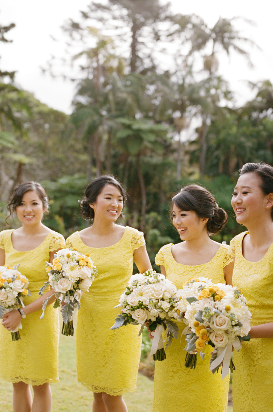 Lace Yellow Bridesmaids: fabmood.com