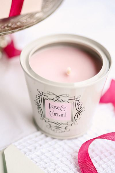 Scented Candle Wedding Favors{ Unique and Practical wedding favors } fabmood.com